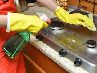 換気扇・レンジフードの掃除の仕方