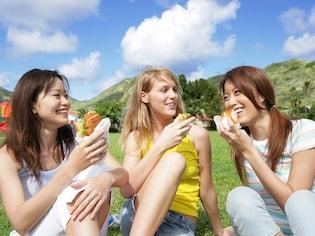 外で食べるならワンハンド! サンドイッチのアレンジ