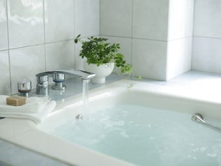 長年同じお風呂だと、余計な出費も…お風呂のリフォームサイン7つ