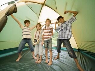 雨の日のキャンプを楽しむための10の鉄則