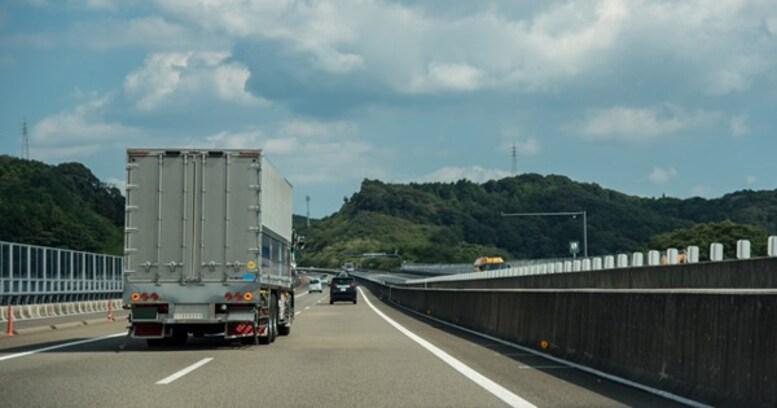 ついに高速道路が110キロ制限に! 実はこれで重大事故が減るらしい!?