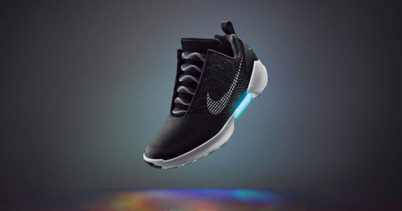 自動で靴ひもが締まる「Nike HyperAdapt 1.0」が11/28に米国発売!