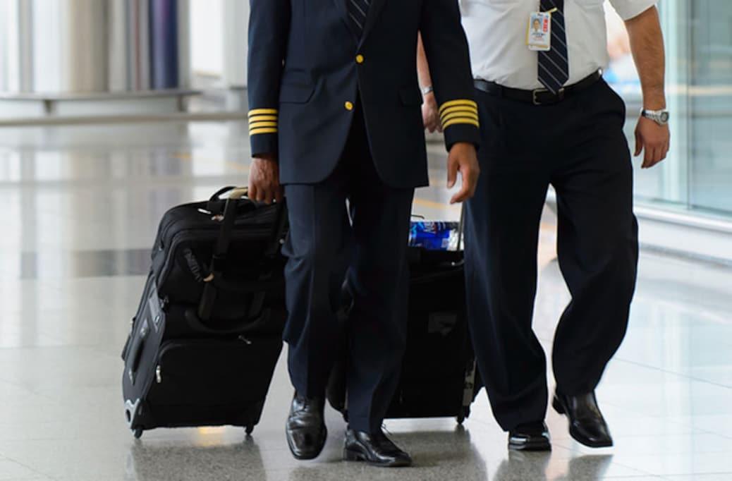 旅行シーズン、機長の精神状態は大丈夫?