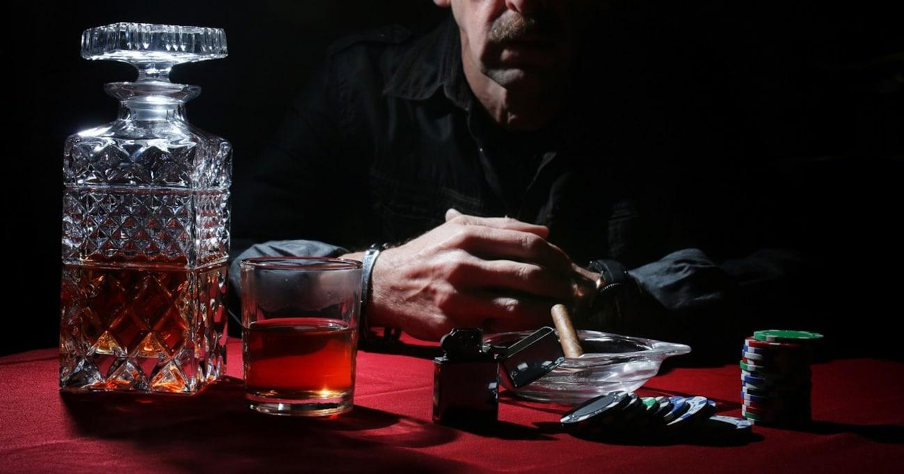 「カジノ解禁法」施行で他人事ではなくなる!? 「ギャンブル好き」と「ギャンブル依存症」の違いとは?