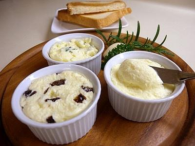 贅沢な味わい!手づくりバター