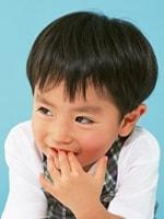 親にかまってもらえない場合も、親が過干渉の場合もストレスになる