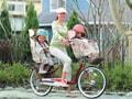 いよいよ認可! 3人乗り自転車