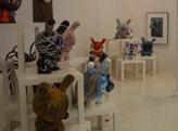 NYデザイナー&アーティストがカスタマイズ 50匹のウサギ・フィギュア展