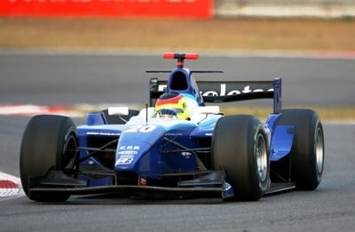オフ中はGP2アジアのレースに注...