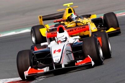 3/3 オフ中はGP2アジアのレース...