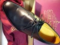 地味靴から考える、初秋のスーツ地
