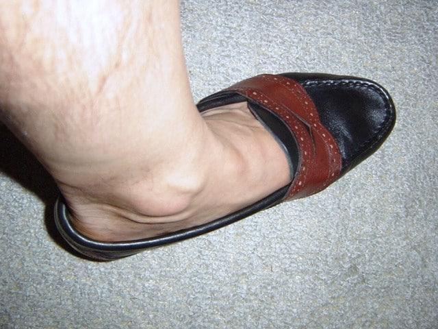 足と靴の臭いについて、深く考えてみる!
