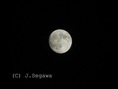 きれいなお月さんを撮ってみませんか