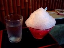 懐かしいかき氷を求めて日本橋から茅場町