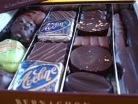 ダイエット中のチョコは、量より質の気持ちで、ゆっくり味わいたいですね!