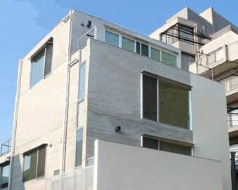 品格のコンクリート住宅[YJP Residence]
