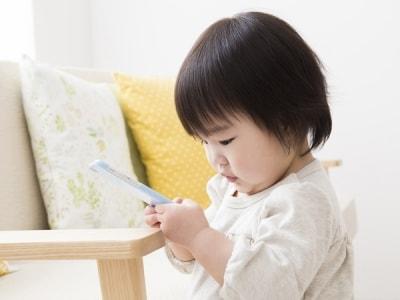 赤ちゃんにとって周りにある全てのものが目新しいおもちゃ