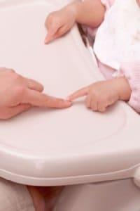 出ないでほしい妊娠線、予防は可能?