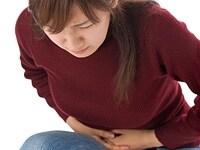 繰り返し起こる胃の痛み。ストレスではなく、ピロリ菌が原因かもしれません