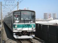 沿線が便利になり、開発が進んだことで混雑が続く埼京線。都内部では乗り換えが不便な駅も