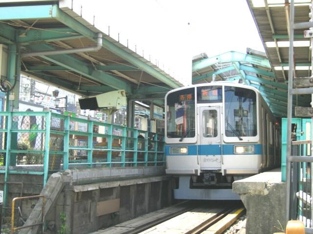 小田急線下北沢駅