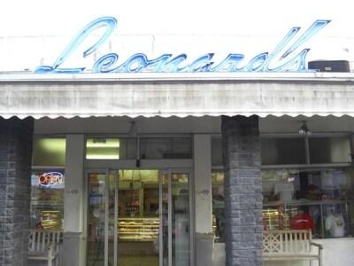 創業1952年。ローカルに愛される老舗ベーカリー、レナーズ