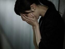 被災地外でなぜ急増?急性ストレス障害・うつの対策法