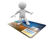 購入者の半数以上が利用するクレジットカード決裁の導入は必須です