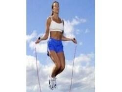 「縄跳びダイエット」で効果的に痩せる方法とコツ