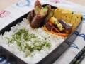 野菜の甘味噌肉巻きとカニかま卵焼き弁当