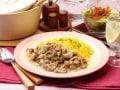 手軽に作れるおしゃれレシピ、簡単ビーフストロガノフ