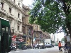 南米周遊ならブエノスアイレスで安くショッピング!