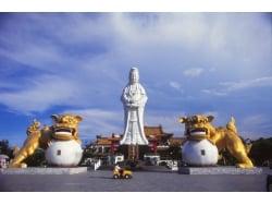 台湾の活気溢れる港町「基隆」を周る半日ツアー