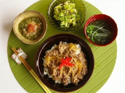 時間別一汁三菜定食レシピ10選20分で出来る牛丼定食の画像