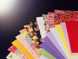 折り紙や美しい千代紙を無料ダウンロードできるサイト