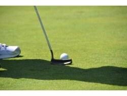 初心者専用のゴルフスクール「サンクチュアリ六本木」