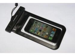 アウトドアでスマートフォンを安心して利用するコツ