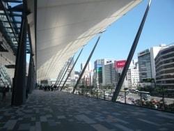 東京駅八重洲口が一新 『グランルーフ』オープン