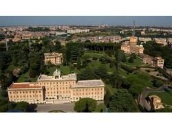 圧倒的な存在感の世界最小の国「バチカン市国」