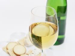 太らないお酒の飲み方と酵素の関係