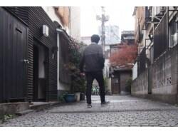 横丁、坂、石畳を楽しみながら歩く神楽坂散歩