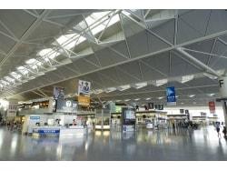空港で海外旅行保険に入るときのポイント