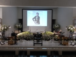 淡路恵子さんの通夜、葬儀・告別式レポート