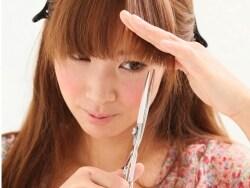 簡単セルフカット術!前髪の切り方&セットの仕方