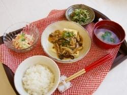 豆腐のきのこあんかけ定食の献立と段取り