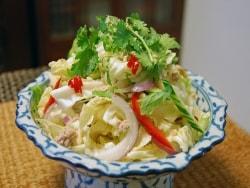 タイ風春キャベツのサラダ