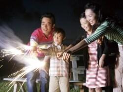 手持ち花火の正しい遊び方と花火大会のマナー