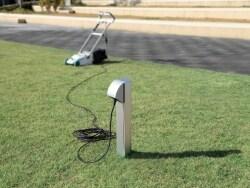 【新商品】庭に設置できる電源コンセント支柱