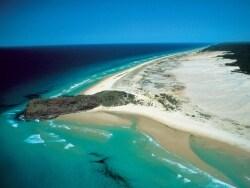 世界最大の砂の島、フレーザー島オプショナルツアー