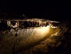アイルランド最古の洞窟 アイルウィーの洞窟